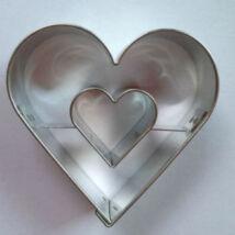 Szív alakú, szív közepű linzer kiszúró